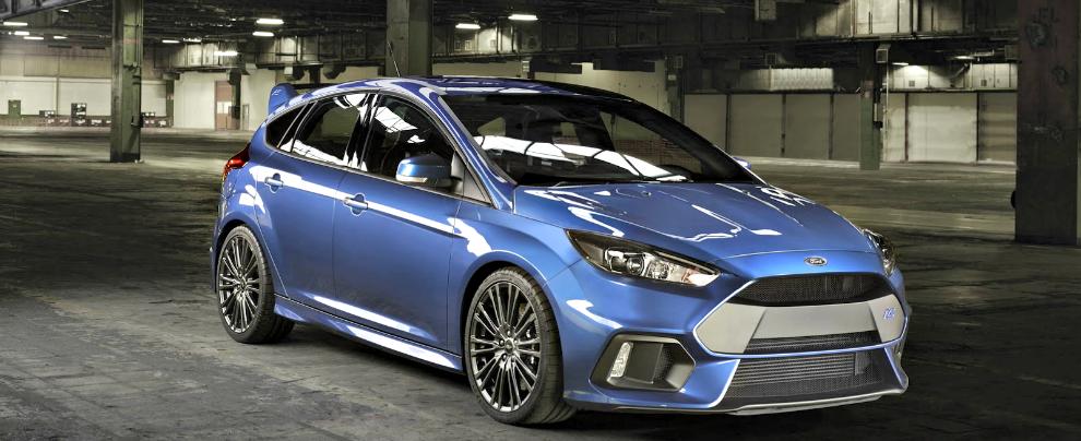 Ford Focus RS, con 320 CV e la trazione integrale va a caccia di supercar – FOTO