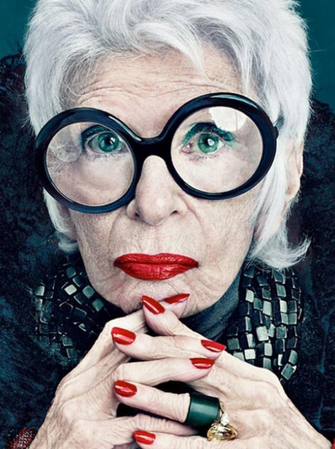 La bellezza di Joan Didion, Joni Mitchell e Iris Arpfel: testimonial over 70