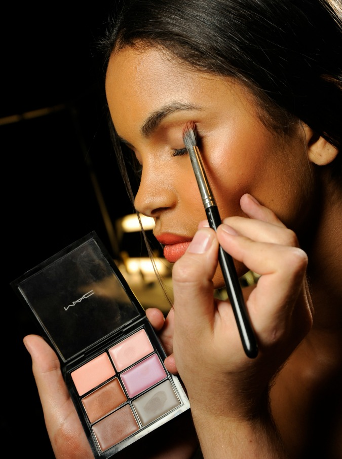 Makeup905