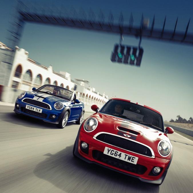 Mini Coupé e Roadster, fine della produzione. Le sostituirà la Superleggera