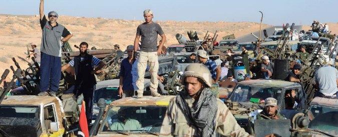 """Libia, Occidente unito: """"Soluzione sia politica"""". Esercito Misurata entra a Sirte"""