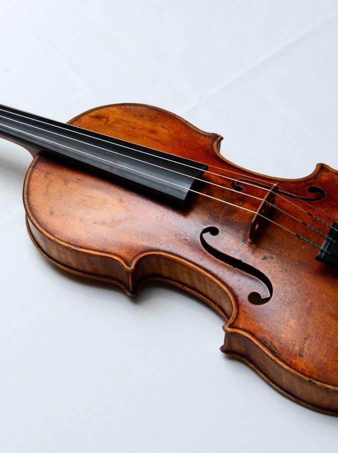 Stradivari905