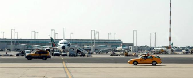 Ryanair, passeggero supera tutti i controlli a Fiumicino e si imbarca senza biglietto regolare