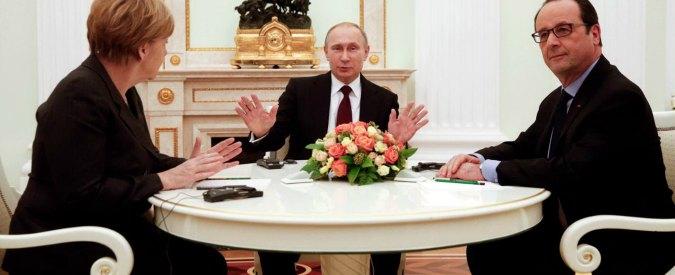 Ucraina, Merkel e Hollande da Putin: verso documento congiunto con Kiev