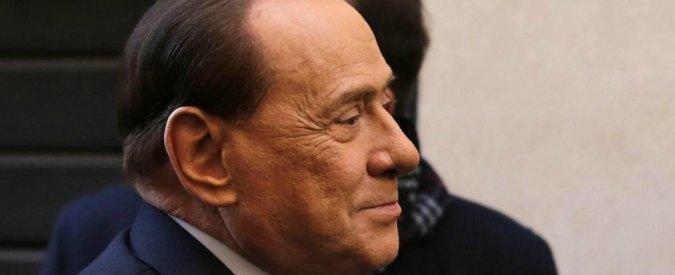 """Berlusconi: """"Mattarella ha una bella immagine coi suoi capelli bianchi"""""""