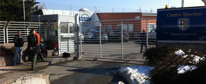 Parma calcio, caos senza fine: niente pagamenti, pignorati bus e auto del club