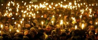 """Copenaghen, fiaccolata per le vittime. Premier: """"Sconfiggeremo la minaccia"""""""
