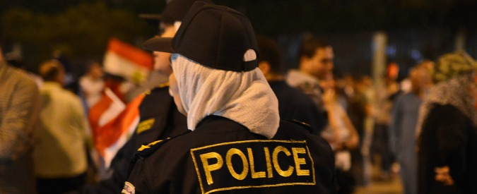 """Egitto, scontri fra ultras e polizia. Media locali: """"Almeno ventidue morti a Il Cairo"""""""