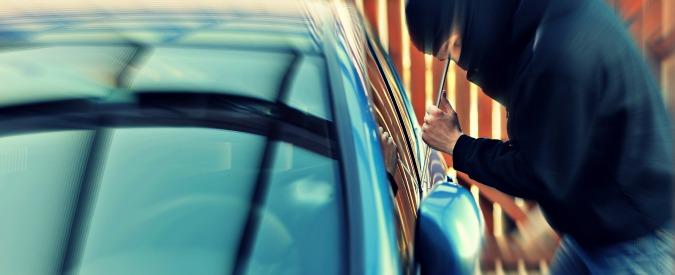 Furti d'auto, 120.000 nel 2014, meno di metà recuperate. Panda la più rubata