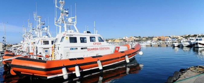 Patenti nautiche in cambio di denaro, arrestati due sottufficiali della Marina