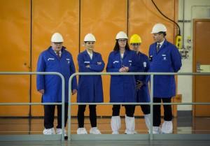 WEB_INRIKES Victoria di Svezia visita una fabbrica ad Oskarshamn