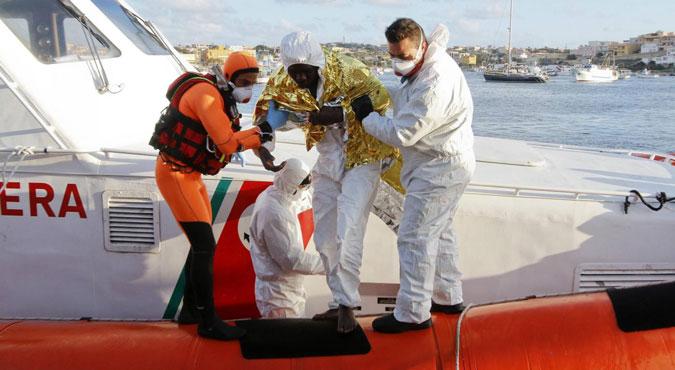 Lampedusa, pietà l'è morta
