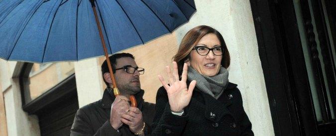 """Mariastella Gelmini e la carta """"sospetta"""" del ministero per farsi togliere le multe"""