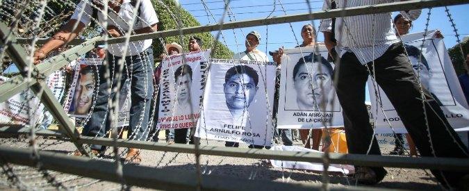 """Studenti desaparecidos in Messico, inchiesta internazionale: """"Ricostruzione dei pm è falsa, servizi e polizia sapevano"""""""