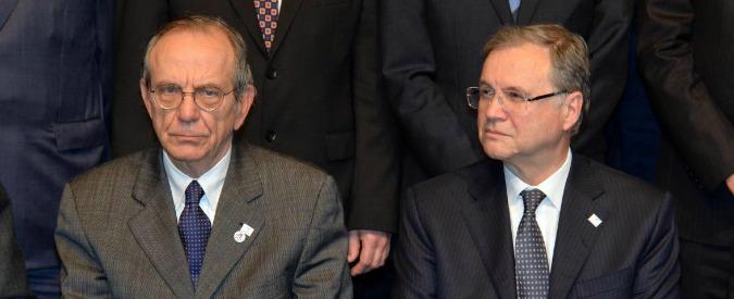 Agenzie rating, esposto Adusbef a Corte Conti contro Tesoro, Consob e Bankitalia