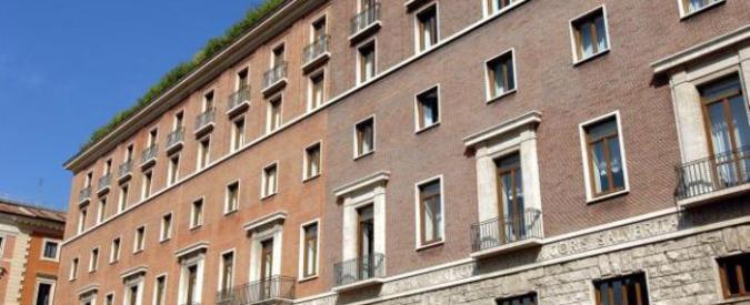 """Affitti d'oro, addio a Palazzo Marini. La Camera: """"Affitto troppo caro"""""""