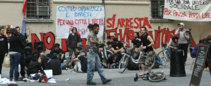 Bologna, sì ai bagni pubblici in piazza Verdi: ma li paga una privata cittadina