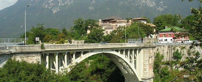 """Rifiuti, """"a Ponte nelle Alpi più lavoro con pratiche virtuose e senza cassonetti"""""""