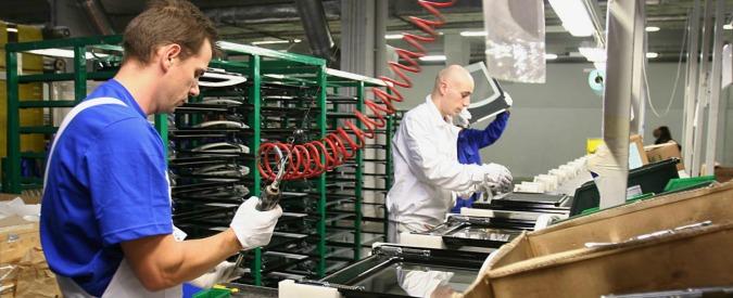 """Produzione industriale, Istat: """"A gennaio +3,9% anno su anno"""". Traino del settore auto: +20,9%"""