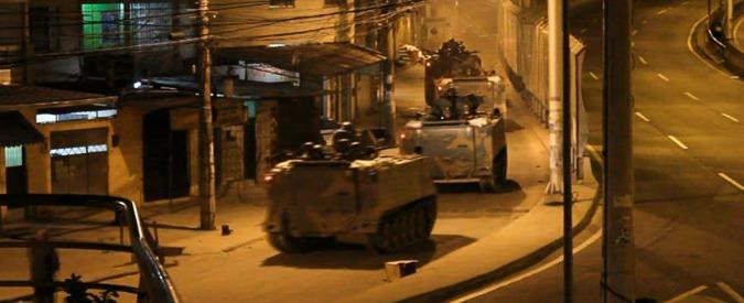Rio de Janeiro, la protesta contro la violenza della polizia finisce nel sangue
