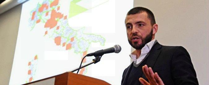 """Ex M5S, assemblea a Firenze. Il deputato Rizzetto: """"Non entreremo nel Pd"""""""