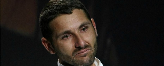 """Salvatore Parolisi, il padre di Melania Rea al ministro Pinotti: """"Non mantenga status militare. Sconti pena con gli assassini"""""""