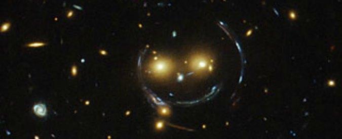 Hubble fotografa uno smile nello spazio: è un ammasso galattico