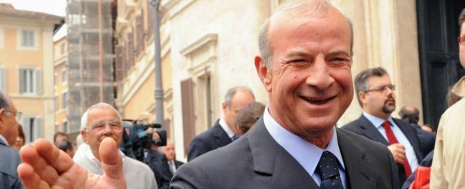 Roma, rapina in casa del generale Speciale: legato e minacciato con moglie