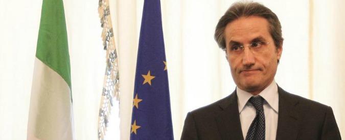 Regionali Campania, nel Pd tutti contro tutti. Caldoro favorito, dubbi su alleati