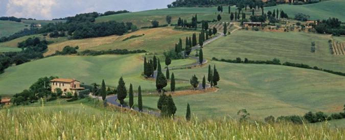 """Toscana, dalle cave alle spiagge: il Pd """"snatura"""" il piano paesaggistico"""