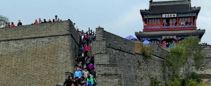 Contro i turisti cinesi maleducati il governo pensa anche a un database