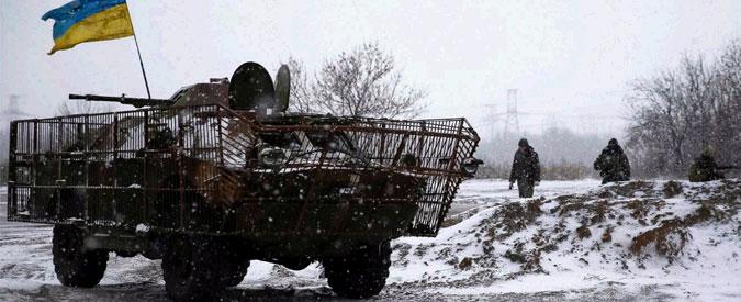 "Ucraina, ""si spara ancora"". Rinviato ritiro armi pesanti. Colloquio Merkel-Putin-Poroshenko"