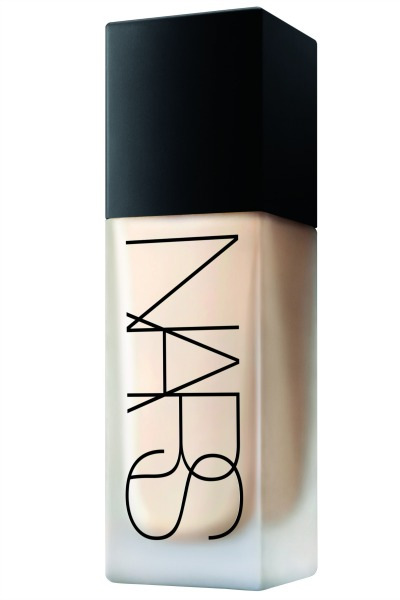 NARS – All Day Luminous Weightless Foundation Bottle Shot