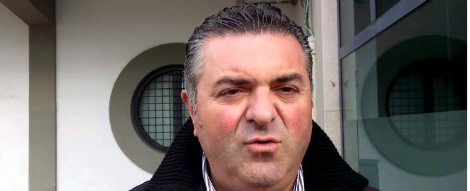 Vincenzo De Luca: 'Clientele, polemica su alici fritte'. Ma il sindaco di Agropoli è indagato. M5s: 'Esposto in procura'