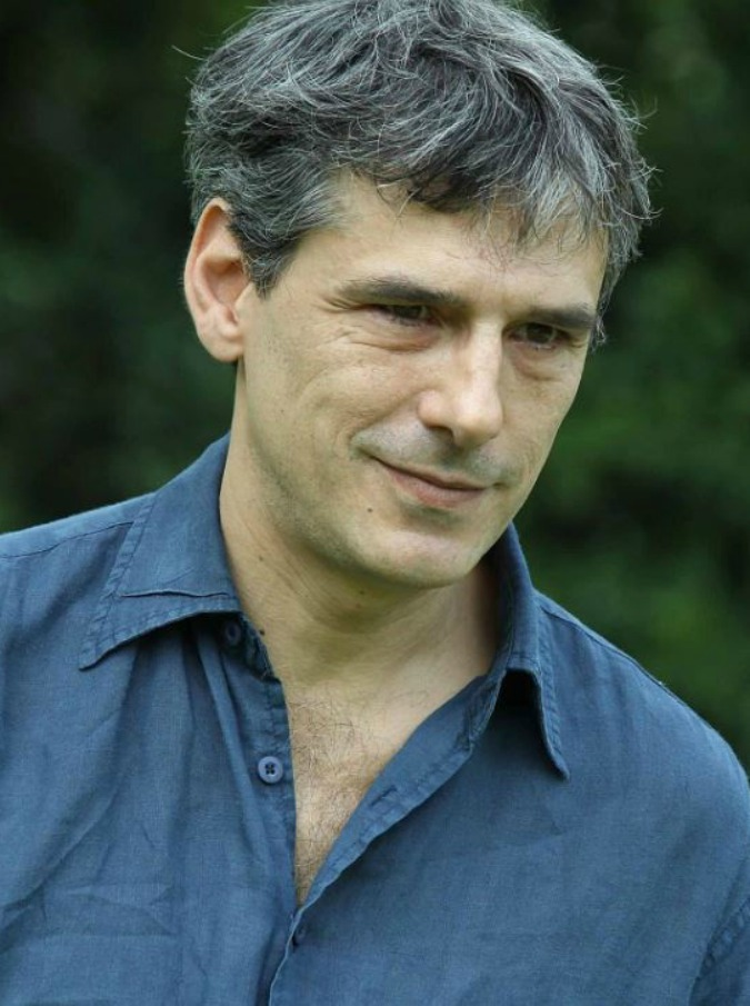"""Stefano Dionisi: """"Ho scritto un libro per raccontare la mia esperienza nelle cliniche psichiatriche"""""""