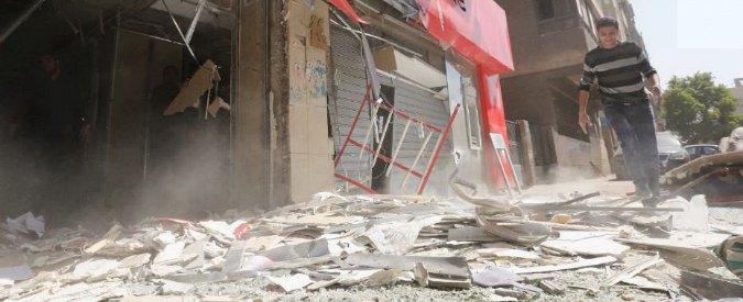 """Egitto, esplode auto davanti a tribunale al centro del Cairo: """"Undici feriti"""""""