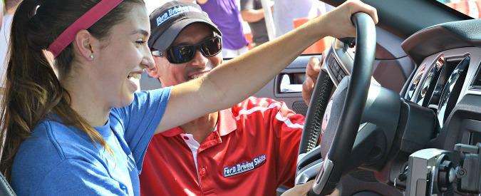 """La Chevrolet Malibu """"fa la spia"""" con i genitori per educare i teenager in auto"""