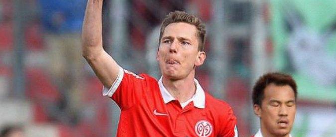 Germania, sentenza storica: calciatore reintegrato a tempo indeterminato