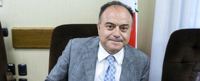 """Calabria, il procuratore Gratteri: """"La 'ndrangheta sta sul territorio, la politica si fa vedere solo 20 giorni prima del voto"""""""