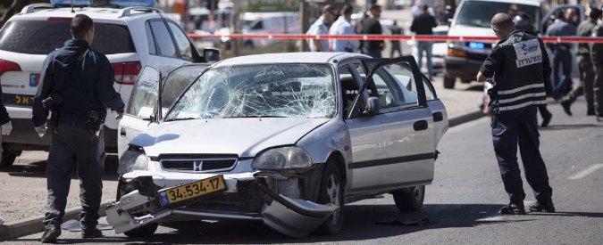 Gerusalemme, palestinese con auto sulla folla: ferite 5 poliziotte. 'Atto terroristico'
