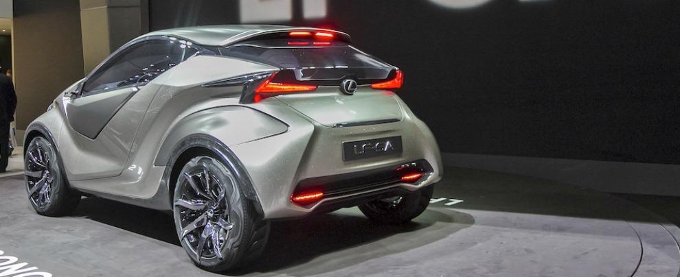 Lexus LF-SA posteriore