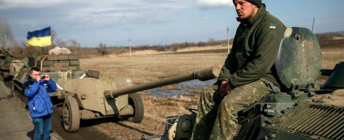 """Ucraina vieta l'ingresso a uomini russi tra i 16 e i 60 anni: """"Evitare la formazione di eserciti privati"""""""