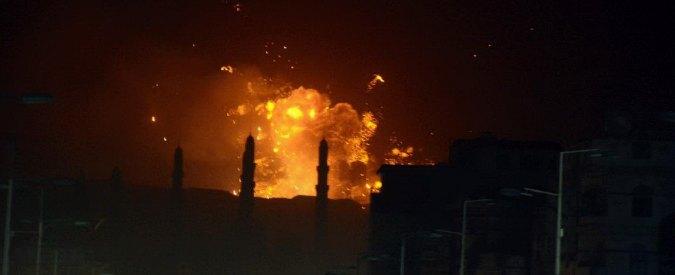 """Yemen, nuovi raid della coalizione araba: """"Bombe su Sanaa, 33 morti al sud"""""""