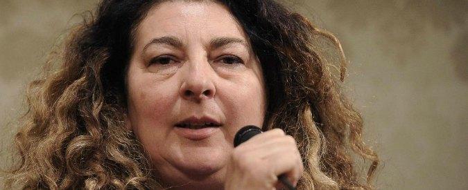 """Aldrovandi, la madre ritira querele contro Giovanardi e i poliziotti Maccari e Forlani: """"Io ci sto male, per loro è un mestiere"""""""