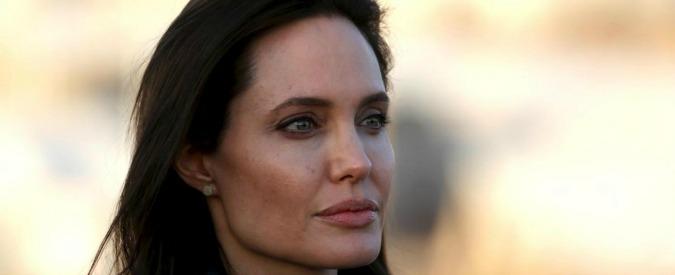 """Cancro al seno, effetto Angelina Jolie: """"Raddoppiati test genetici e screening"""""""