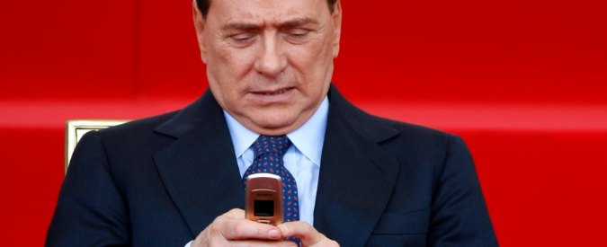 """Caso escort, Berlusconi intercettato con Tarantini: """"C'ho due bambine"""""""