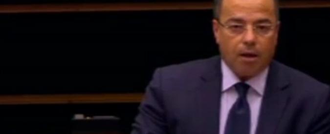 """Lega, petizione per espellere Buonanno da Bruxelles. Lui: """"Change? Fancazzisti"""""""