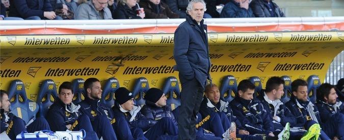 Parma calcio, altri due punti di penalità. E i tifosi ricomprano le panchine all'asta