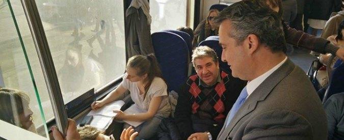 """Bologna, assessore prende treno con i pendolari: """"Ispezioni per un anno"""""""