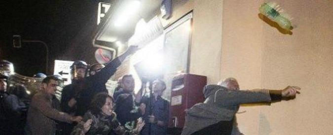 Priebke, otto a giudizio per rissa: si opposero al funerale del boia delle Ardeatine